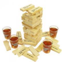 Alkoholová věž s panáky